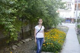 Вика Азарова