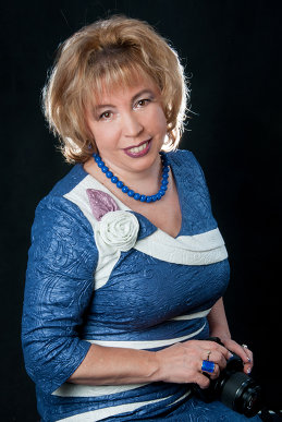 Анна Градова.