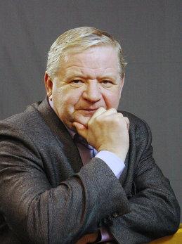 Олег Пучков