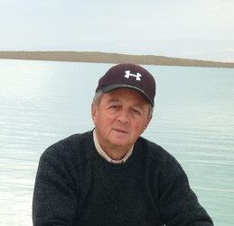 Лев Аронс