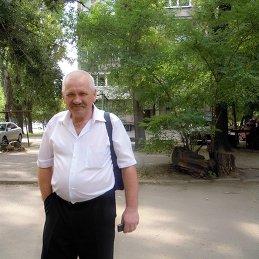 Евгений Козлов