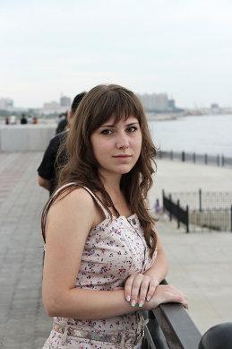 Алёна Луговская