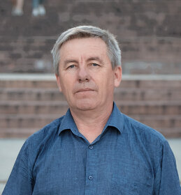 Николай Зернов