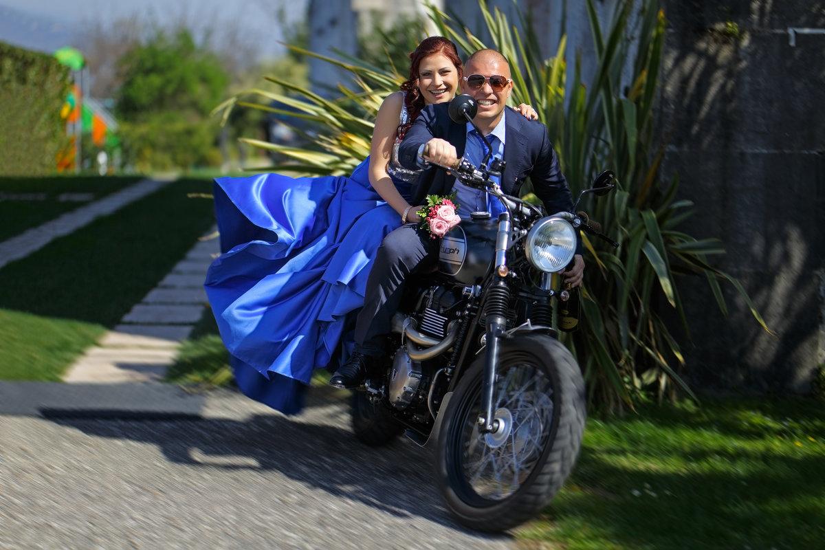 и в свадьебное путишествие - Aнатолий Бурденюк