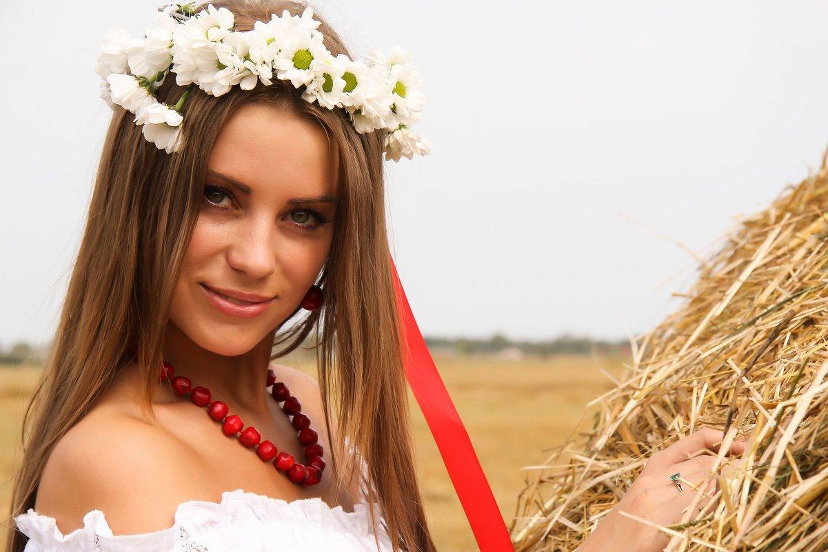 Девушка в поле - Светлана Трофимова