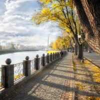Осень в городе :: Evgeny St.