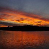 Горячий закат. Однажды холодным летом 2015. :: Andrey Tikhomirov