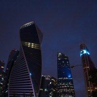ночная революция :: Софья Лейкина