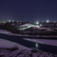 Ночной посёлок :: Виктор