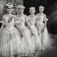 Танец Нимф. :: Лилия .