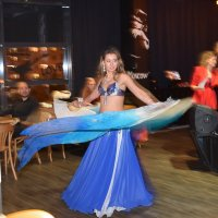 Чарующие танцы :: Лариса Курдюкова