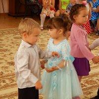 Приглашение на танец :: Ирина Рысинская