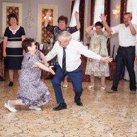 Потанцуем? :: Светлана