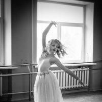 балерина :: Максим Кагало
