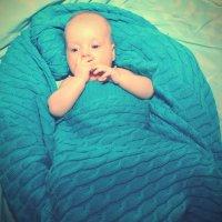 А нашли меня не в капусте, а в голубом одеяльце... :: Liza