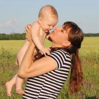 Материнские чувства :: оксана косатенко