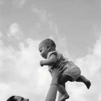Счастье-это быть мамой! :: Валентина Колесник