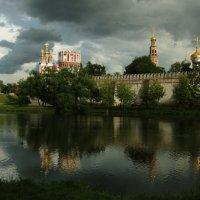 Тучи над Новодевичьим :: ♛ Г.Король