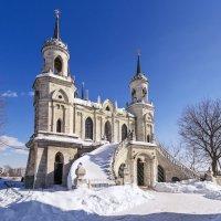 Церковь зимой :: Валерий Вождаев