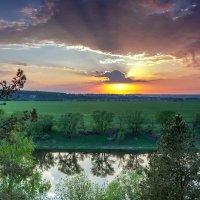 Весенний закат :: Юрий Стародубцев