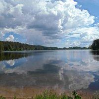 Петровское озеро. Жаркий полдень :: Елена Гуляева (mashagulena)