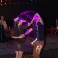 Эмоции танца :: Андрей Закоморный