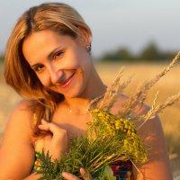 Девушка Лето!!!! :: Nika Dmitrieva