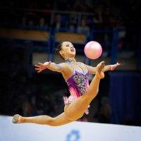 Полет с мячом :: Валерий Шейкин