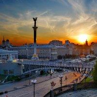 Закат в любимом городе :: Валентина Данилова