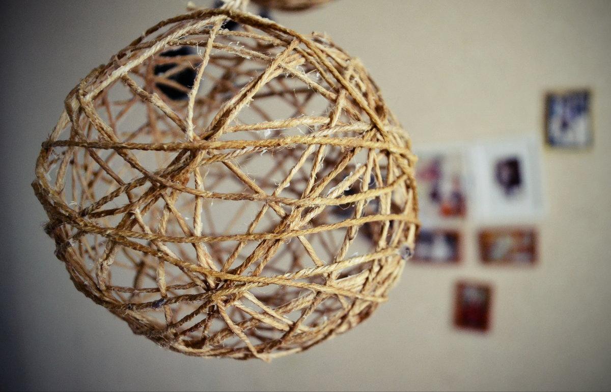 Декоративные шары из шпагата своими руками