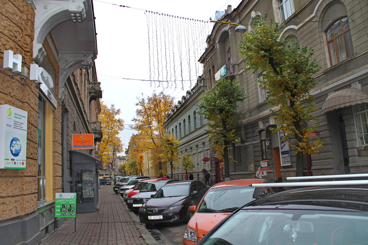 из серии  Городские улочки - valeriy g_g