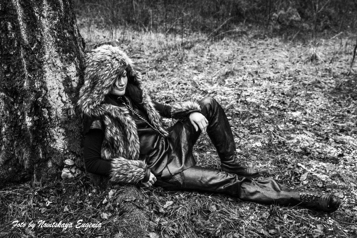 В лесу - Евгения Новицкая