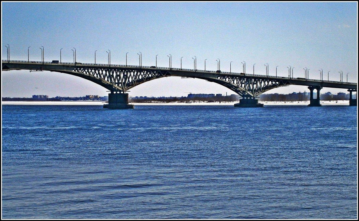 Нарисовать мост через волгу