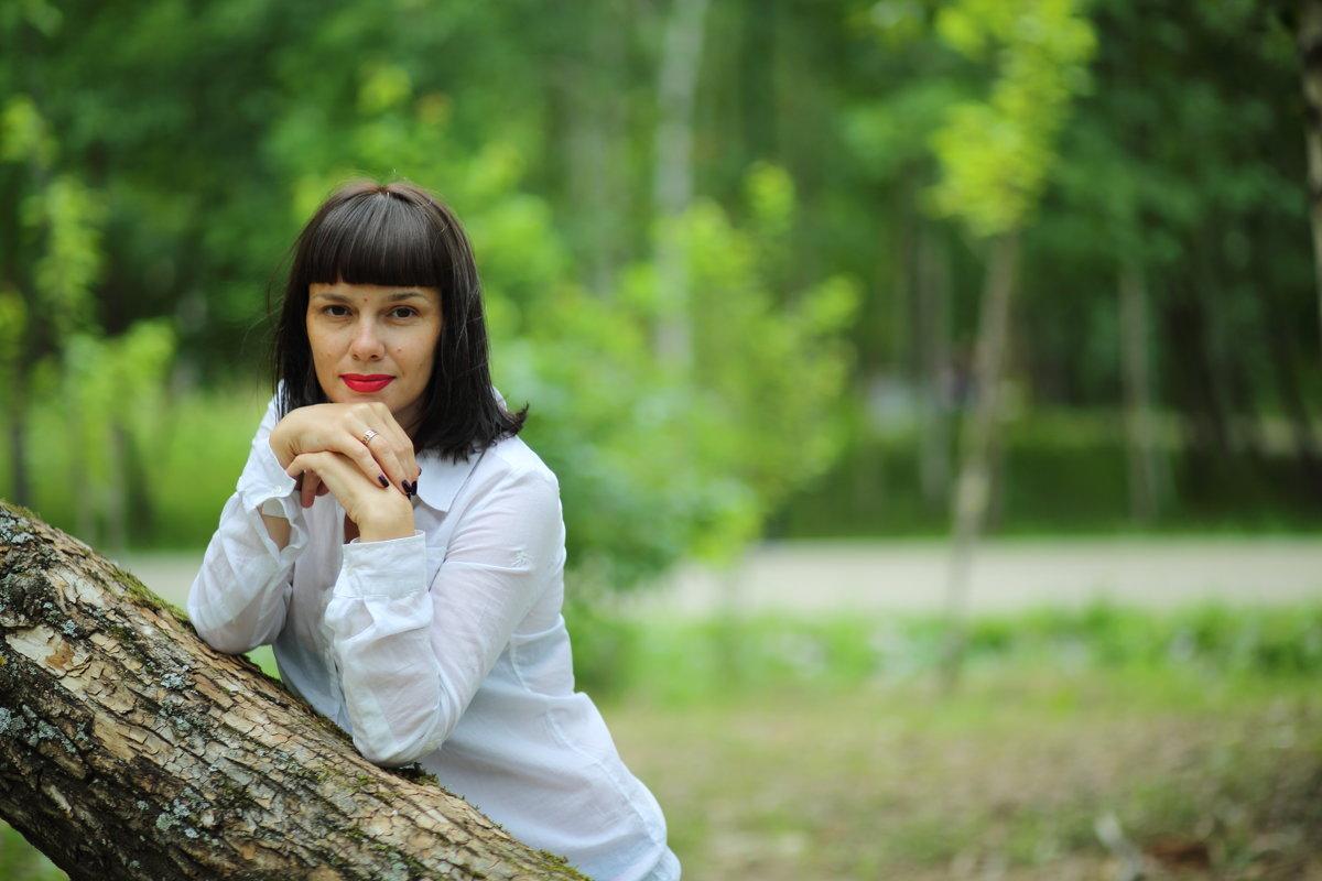 В березовой роще - Ясения Вальковская