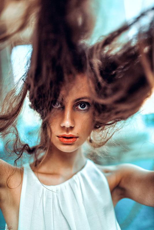 hair, eyes and lips - Георгий Чернядьев