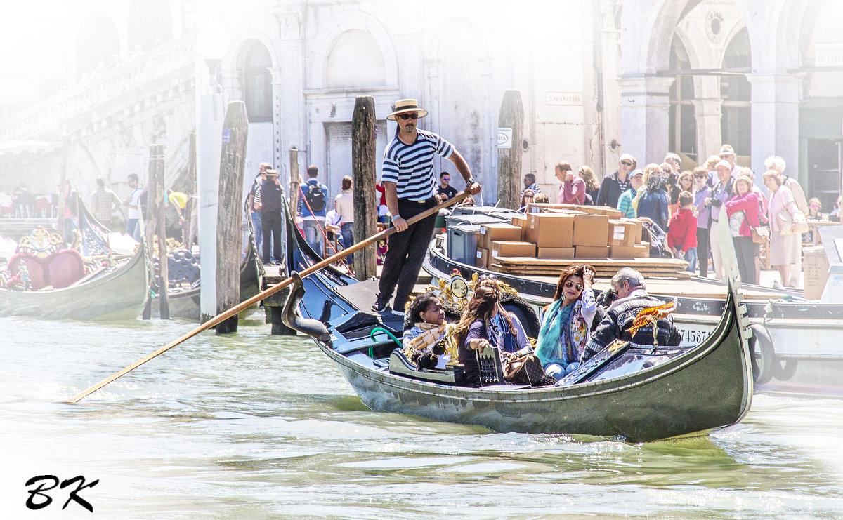 Венеция. Прогулка по каналу. Фото 2. - Вячеслав Касаткин