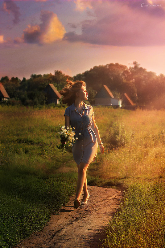 а солнце светит всем одинаково... - Julia