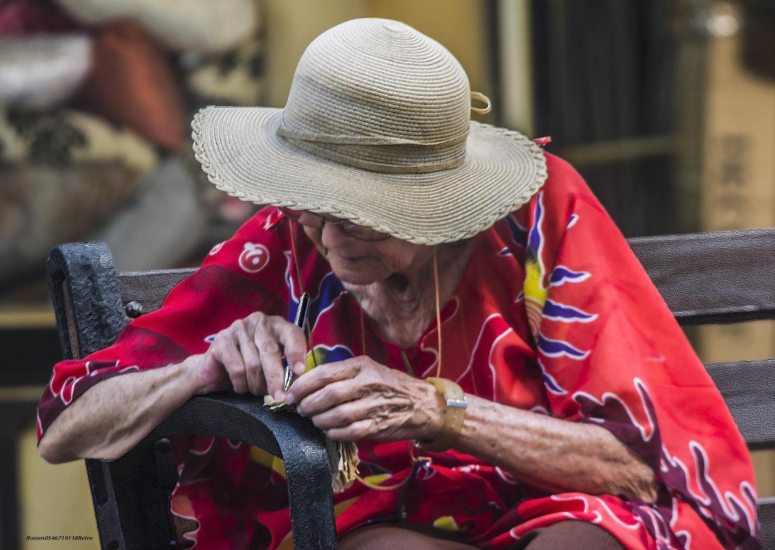 Записочка или сквозь века- «из серии золотой возраст-бабушки бабульки...» - Shmual Hava Retro