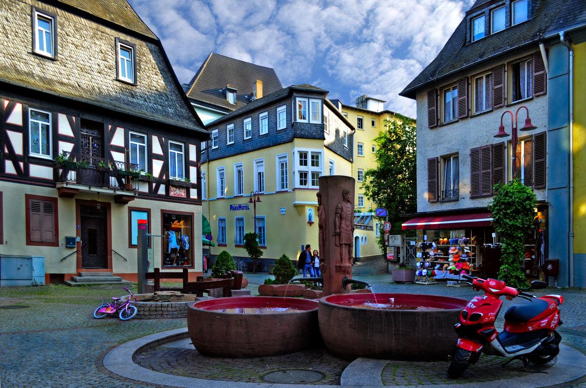 Маленький, уютный городок на Рейне - Лидия Цапко