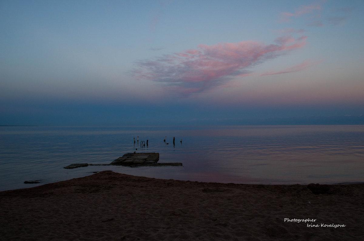 Кыргызстан, закат на озере Иссык-Куль - Ирина