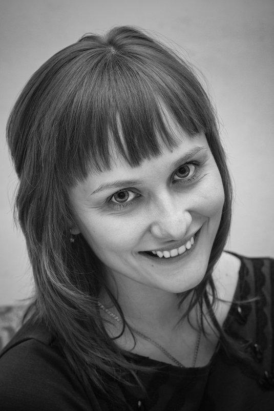 Александра - Олег Бондаренко
