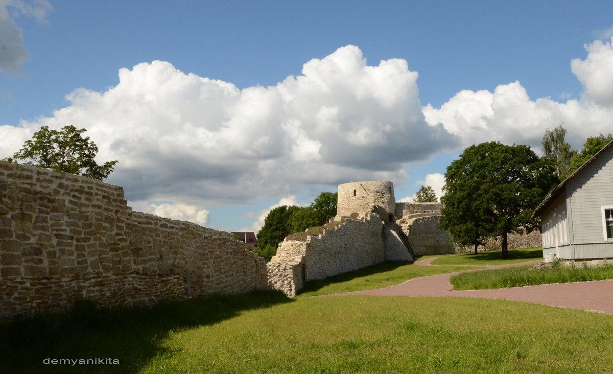 Изборская крепость - demyanikita