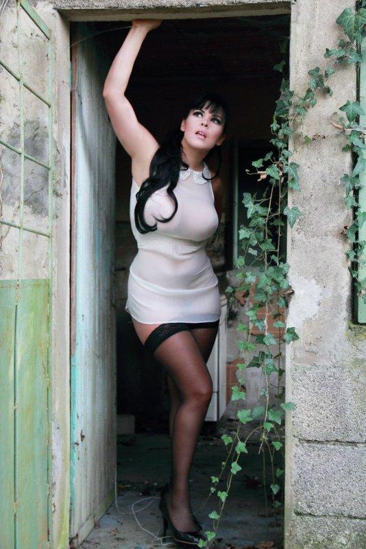 анна азери сексуальные фото