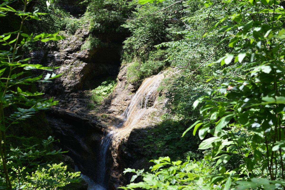Водопад - Mitrex .