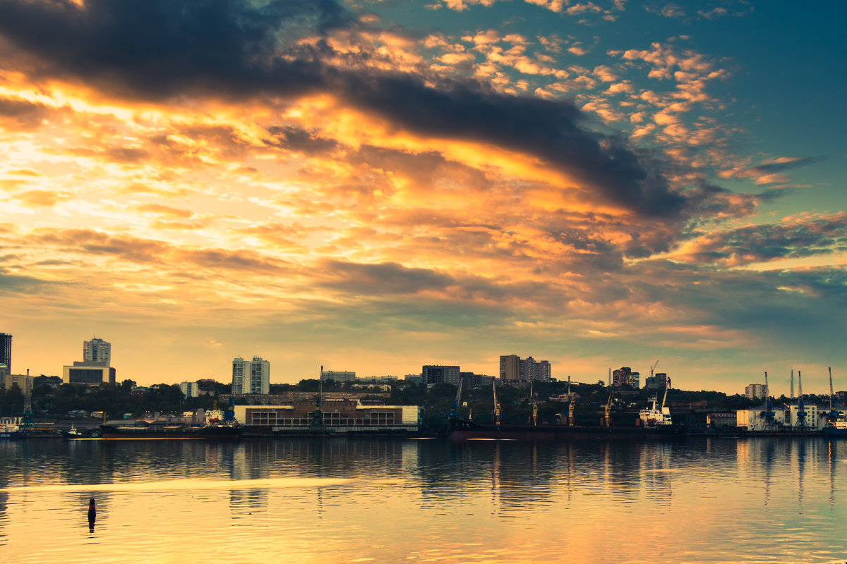 Порт Владивосток - Василий Андреев