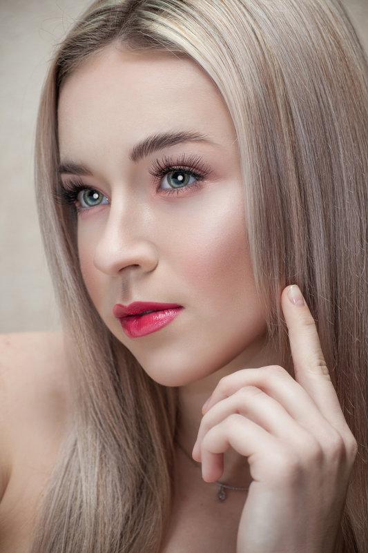 Яна - Мария Данилейчук