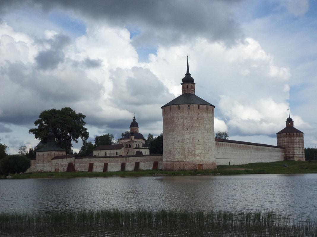 Кирилло-Белозерский монастырь - Ирина Бархатова