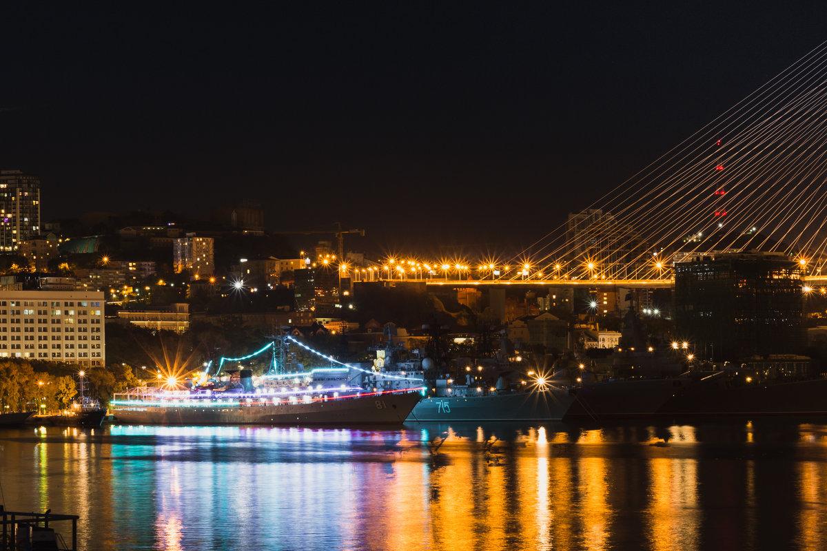 Порт Владивосток. - Василий Андреев