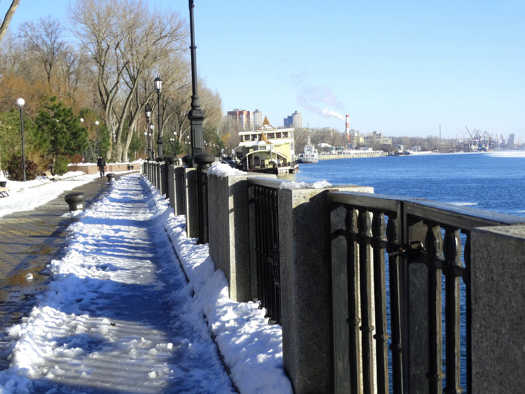 Город и река в январе... - Тамара (st.tamara)