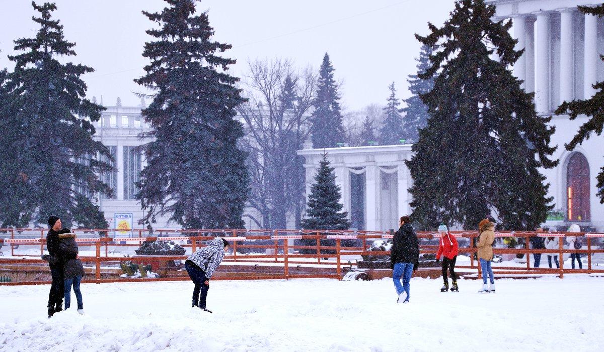 Снег на ВДНХ - Владимир Болдырев